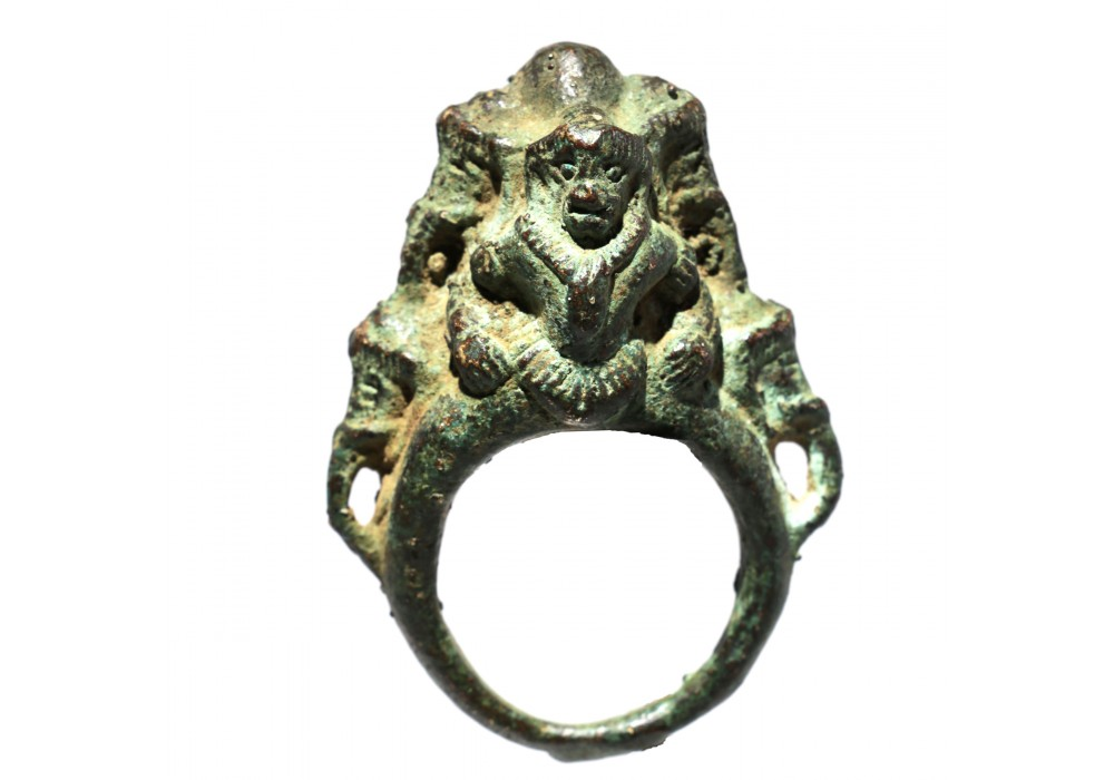 Khmer Toe (?) ring in bronze