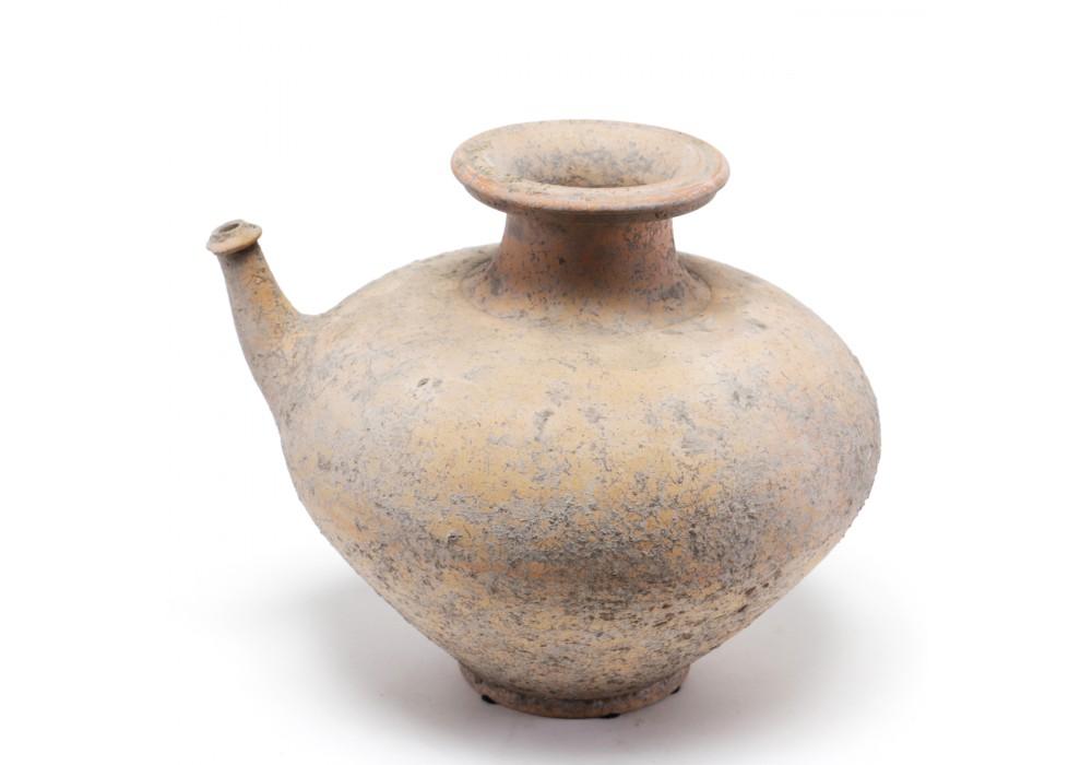 Mon 'Kendi' Jar in terracotta