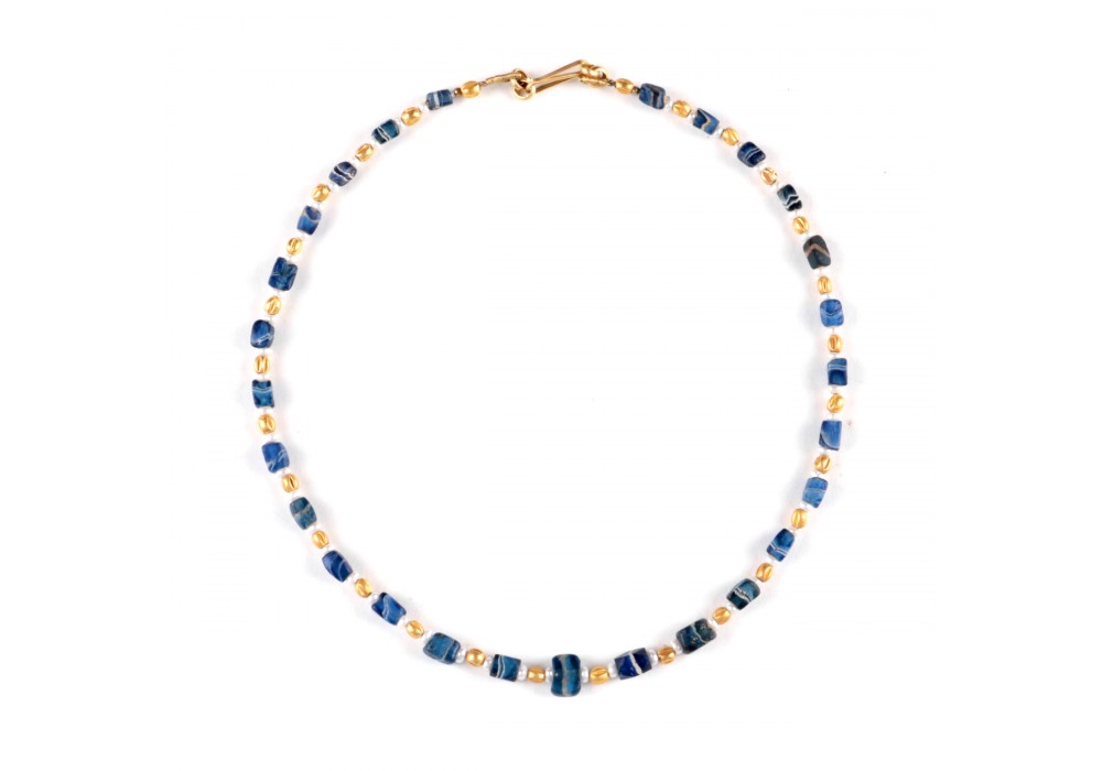 Necklace in blue striped glass Beads
