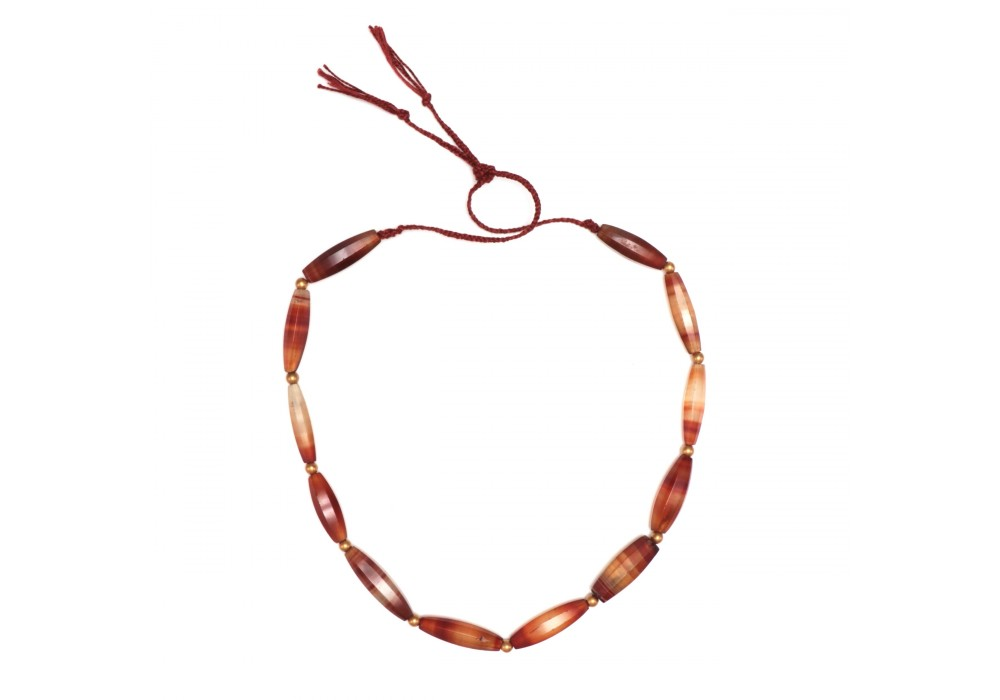 Necklace in faceted biconical agate Beads