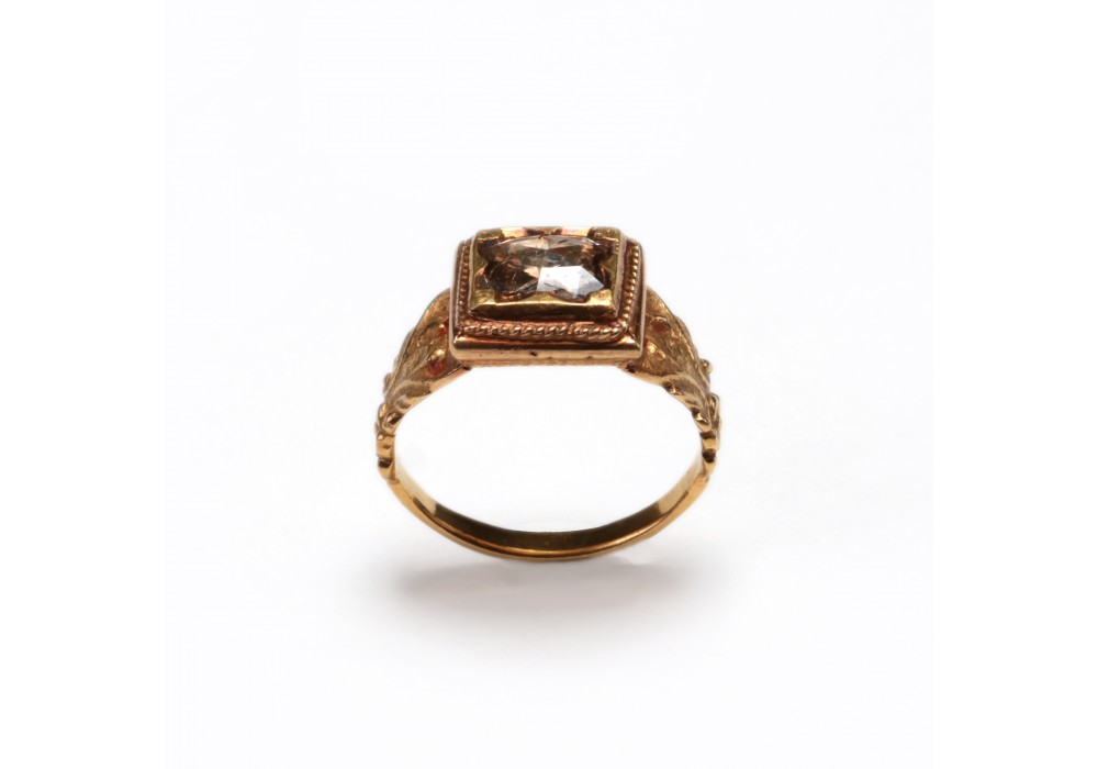 Burmese gold Ring inset with a diamond