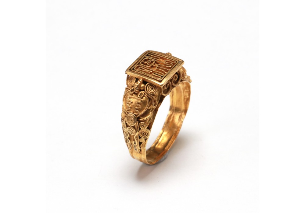 Cambodian gold Seal Ring