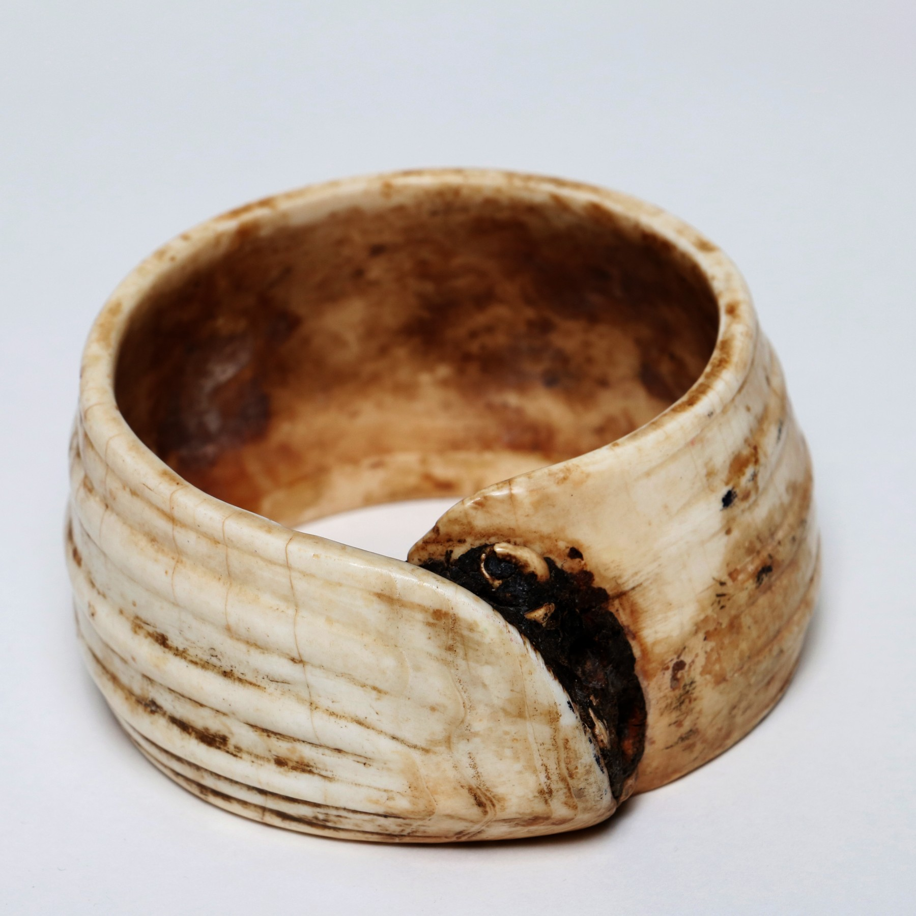 Borneo Clam Shell Armlet