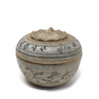 Thai Sawankhalok ceramic box with lid