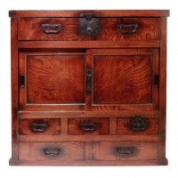 Japanese merchant's tansu or chest