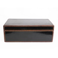 Cambodian lidded Box in black lacquer