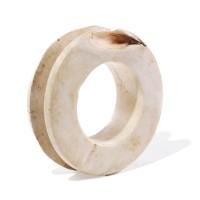 A massive Solomon Shell Bracelet