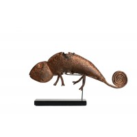 Asen element representing a chameleon