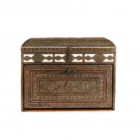 Persian wooden casket with marquetry