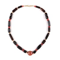 ISA B // Chinese Necklace in black agate