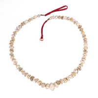 Necklace in graduated conus shell Beads