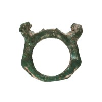 Gandharan bronze Ring depicting a pair of Lions
