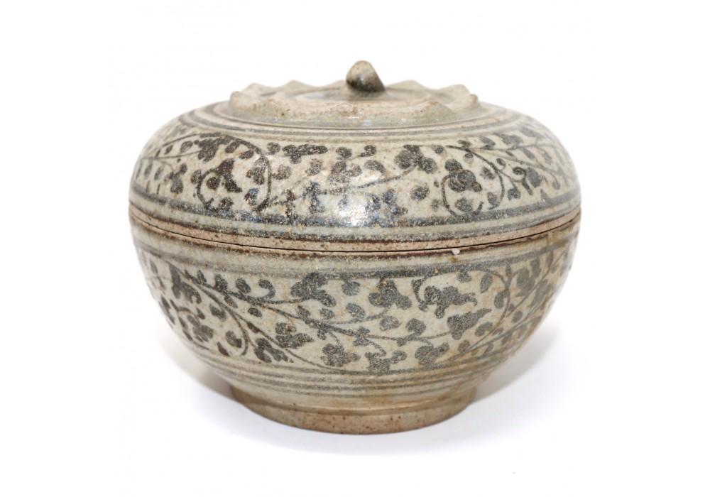 Thai Sawankhalok fruit & vine ceramic covered box
