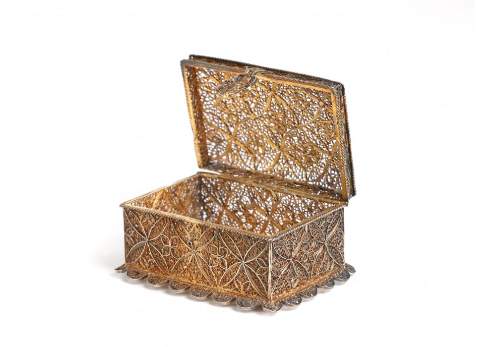 Small filigree silver box
