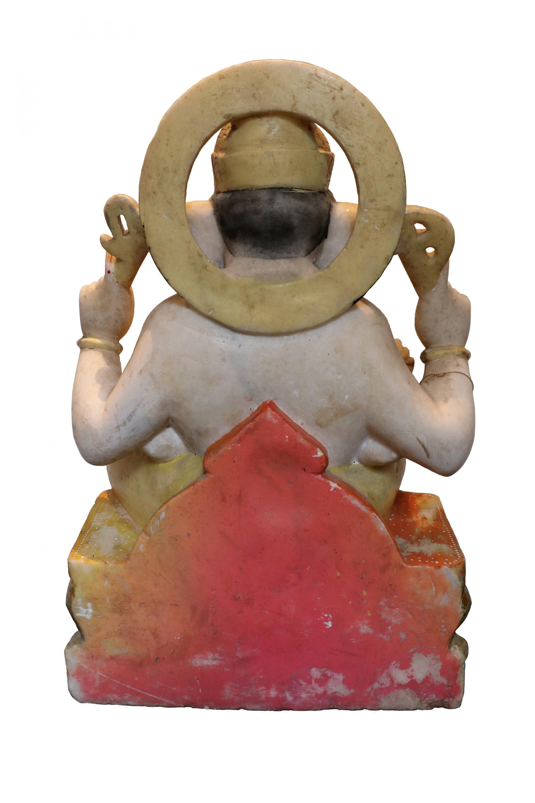 Ganesh Trompe A Droite sculpture en marbre représentant le dieu ganesh
