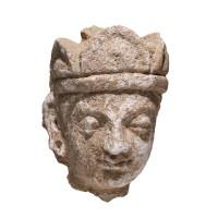 Tête Gandhara de style Hadda en stuc