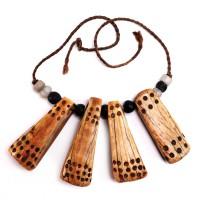 Exceptionnel collier Dinka en ivoire et perles de verre