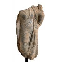 Buste féminin Gandhara représentant Hariti (?)
