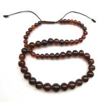 Collier de perles d'ambre graduées et sphériques, Birmanie, 18e - 19e s.