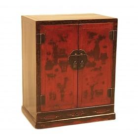 Cabinet à livres laqué et décoré de motifs peints.