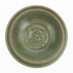 Chinese bowl decorated with two fishes