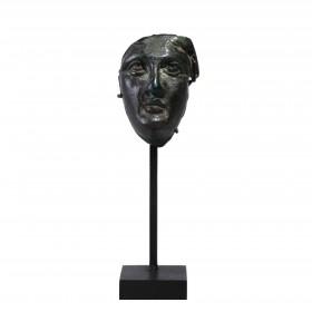 Fragment d'un visage en bronze représentant Alexandre le Grand (?)