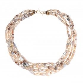 ISA B //Collier à rangées multiples composé de perles d'agate, Bactriane