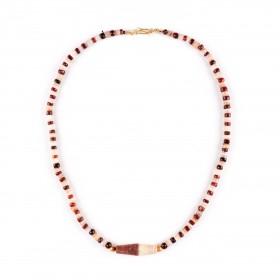 ISA B // Collier ancien de perles d'agate